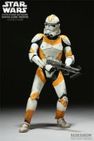 Star Wars 212th Attack Battalion Utapau Clone Trooper Figure by Sideshow.