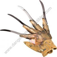 A Nightmare On Elm St Collectors Metal Freddy Krueger Glove by Rubie's.