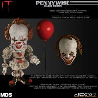 IT Pennywise Designer Series Deluxe Figure by MEZCO