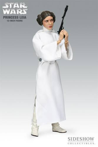 Star Wars Princess Leia (A New Hope) Figure by Sideshow Collectibles.